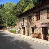 <p>På vej ud af La Portela de Valcarce</p>