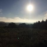 <p>Solen oppe på vej mod Ventas de Naron</p>