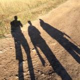 <p>Skyggen af mine rejsefæller og jeg</p>