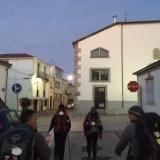 <p>Fra venstre Bryant, Fabiola, Isabell og Greg på vej igennem Arzua</p>