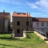 <p>Bygningen i midten er herberget</p>