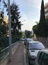 <p>																																		Down on the streets in the Cessole area in Nice</p>